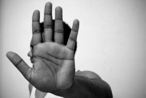 خودتخریبی چیست و انواع عادتهای خودتخریبی چگونه است؟