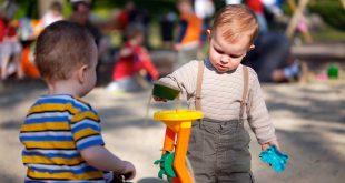 تسلط کودک بر دنیای خود و کنترل اوضاع با بازی